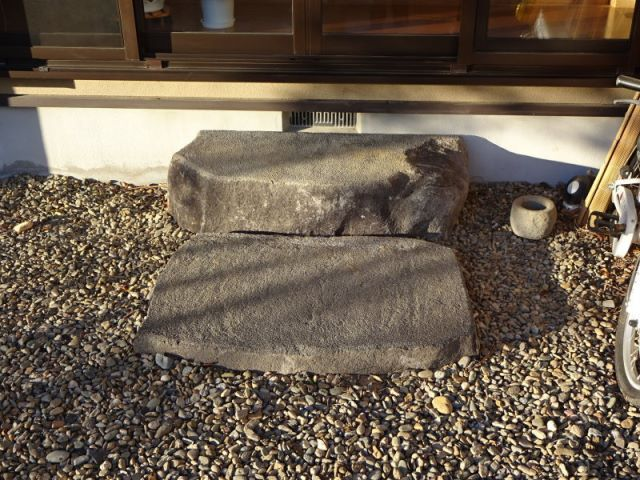 沓脱石 沓脱石や敷石の説明画像