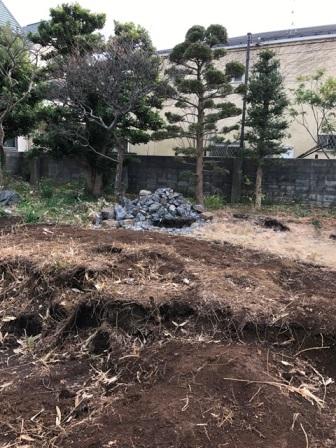 神奈川県逗子市桜山 - 庭木・植木・庭石の解体撤去と処分工事(お庭のリフォーム)のビフォー写真10